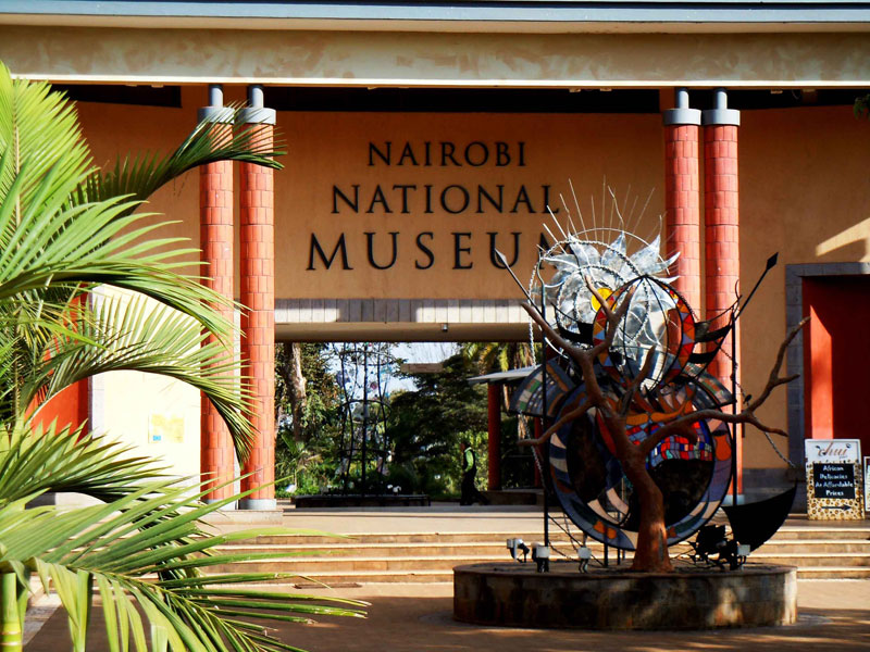Nairobi City Tour with Nairobi Museum and Snake Park